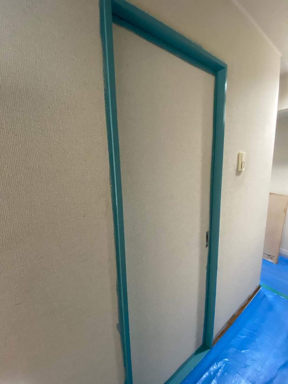 引き戸塗装