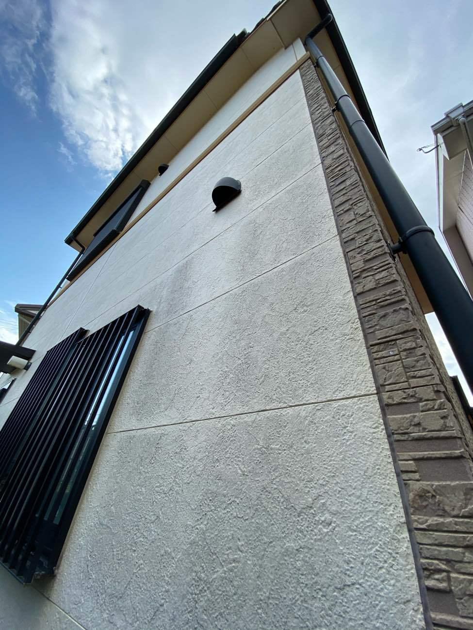 刈谷市今岡町にてレンガ調サイディングの外壁塗装の現地調査です