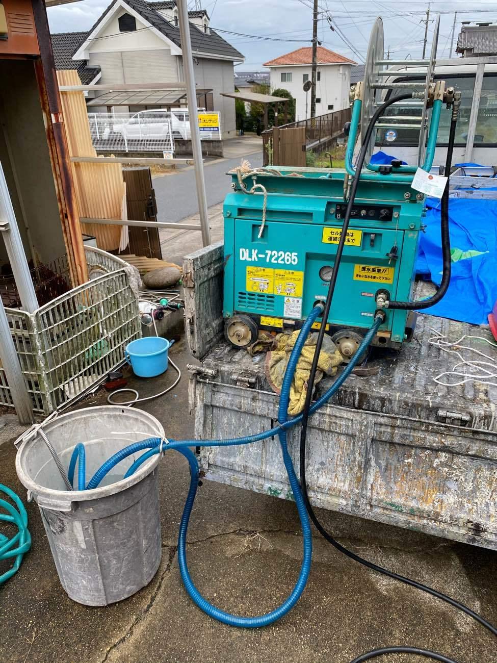 刈谷市東境町にてALCのお宅のバルコニーの高圧洗浄を行いました
