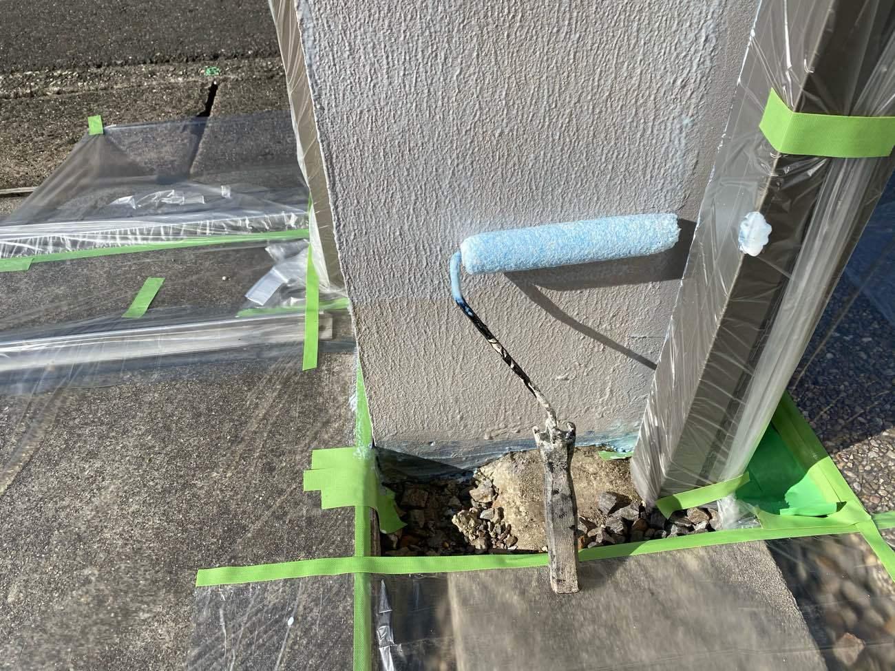 知立市牛田町にてジョリパッドの門扉の塗装仕上げを行いました