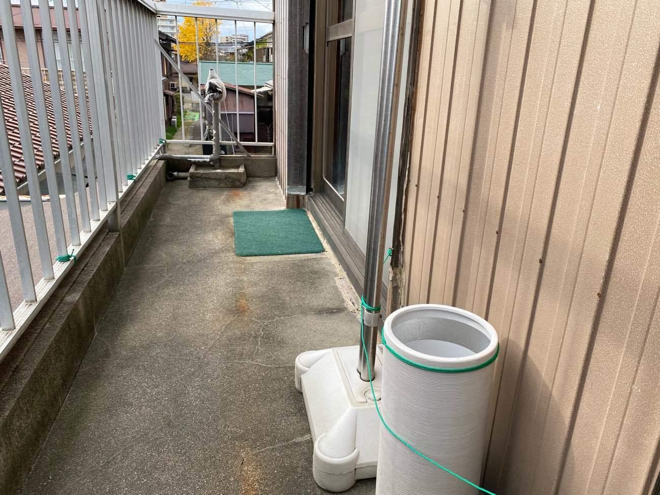 知立市内幸町にて賃貸物件の雨漏り対策工事の現地調査です