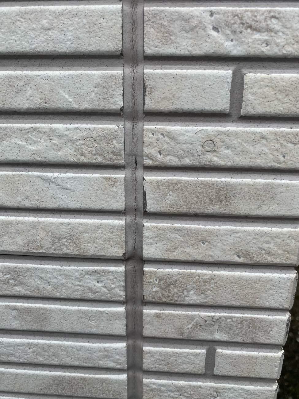 知立市牛田町にて外壁塗装と屋根塗装の現地調査に伺いました