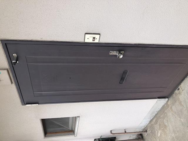 塗装前玄関ドア
