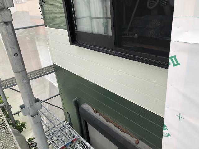 壁面補修後 左